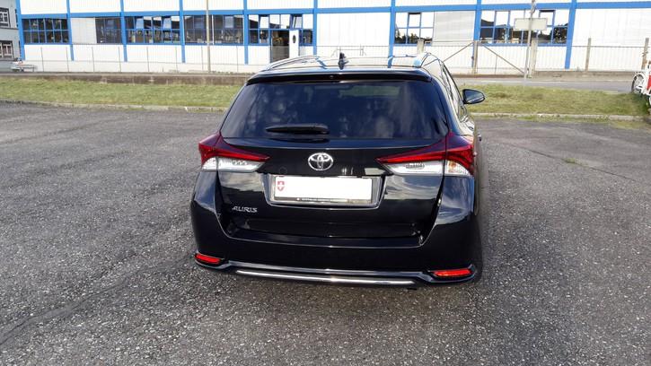 Auris Touring Sport  Toyota 3