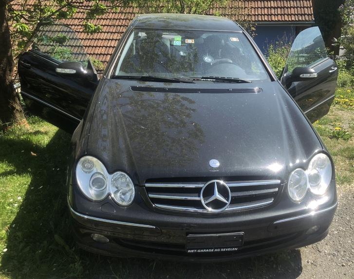 MercedesBenz CLK 320 Mercedes 2