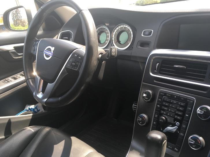 Volvo V60 Volvo 4