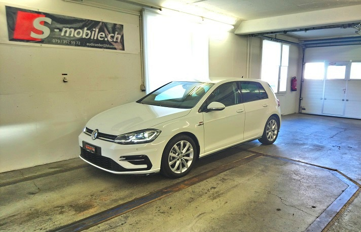 VW Golf 1.5 TSI EVO Highline DSG R-LINE VW 2