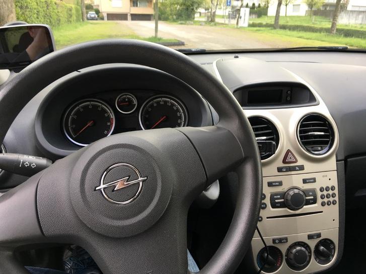 Opel Corsa, guter Zustand Opel 4