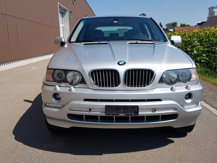 BMW X5 E53 4.4i  BMW 1