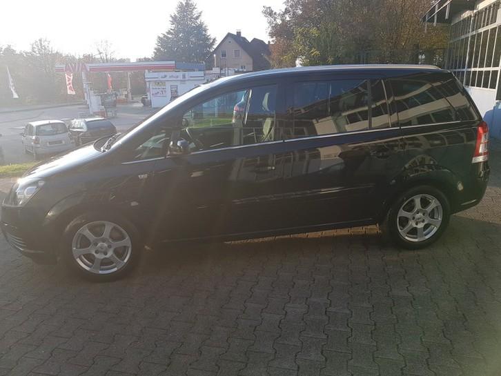 Opel Zafira B 2.2 Opel 1