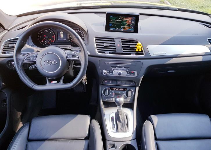AUDI Q3 2.0 TDI sport quattro S-tronic Audi 3