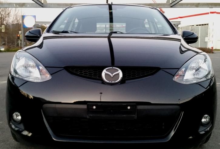 MAZDA 2 1.3i 16V Exclusive (86 PS) Mazda 1