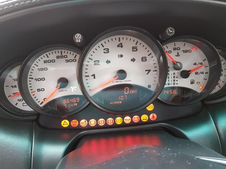 Porsche 911 996  3.6 Carrera Porsche 4