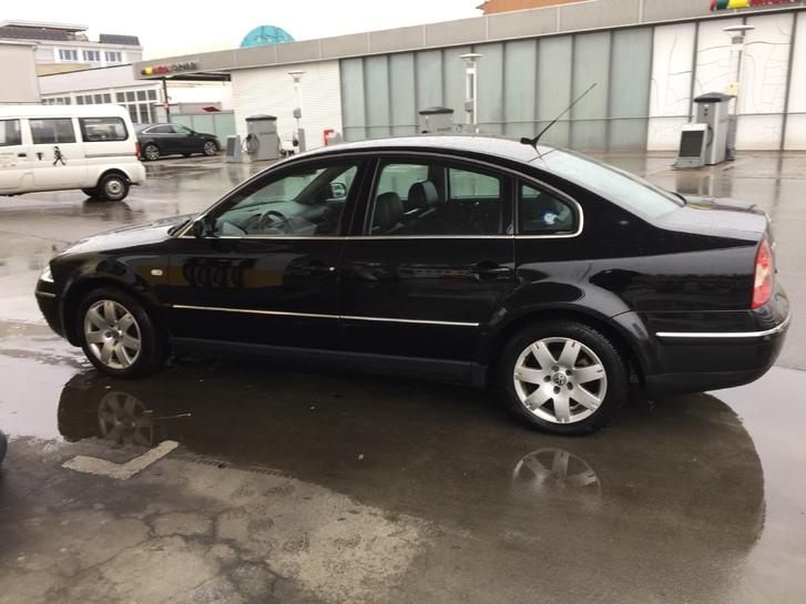 VW Passat VW 2