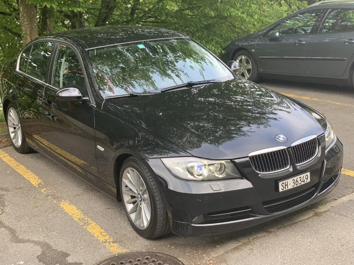 BMW 325i Automat  BMW 3