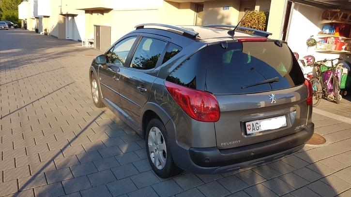 Peugeot 207 SW 1.6 16V Outdoor Peugeot 2