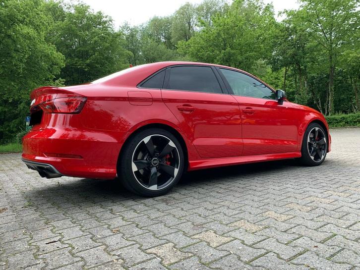 AUDI S3 Sedan 2.0 TFSI quattro S-tronic Audi 2