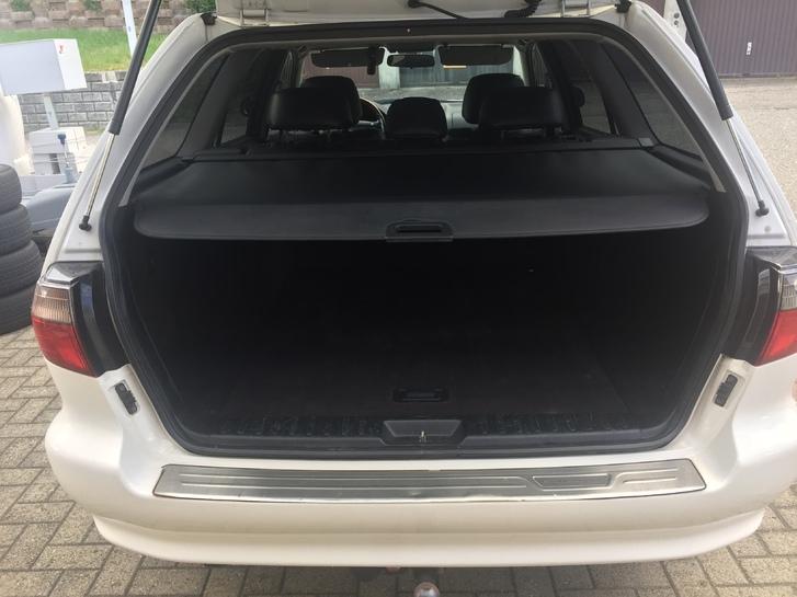Mitsubisi Galant 2.5  V6 Combi Mitsubishi 4
