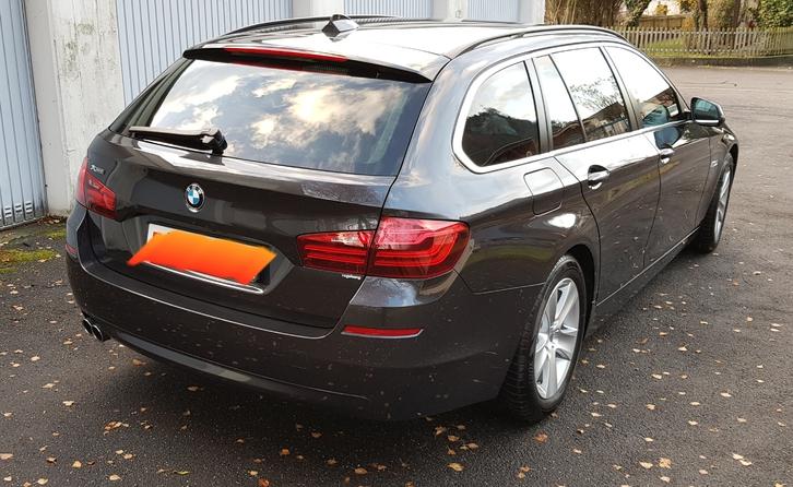 BMW 530d Touring xDrive Steptronic ( Kombi) BMW 2