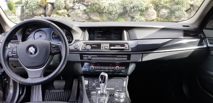 BMW 530d Touring xDrive Steptronic ( Kombi) BMW 4