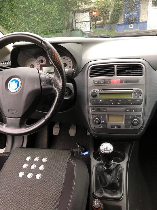FIAT GRANDE PUNTO Sport Fiat 4