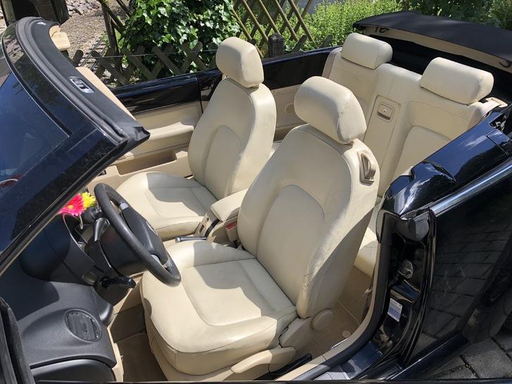 New Beetle Cabrio - Mit der umfangreichsten Mehrausstattung, die ein New Beetle haben kann! Lederausstattung «Cream», div. VW-Zusatzpakete!  VW 2