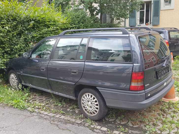 Opel Astra F16 Cvan Opel 2