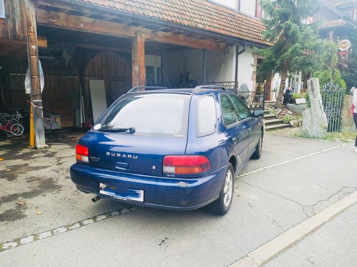 Subaru Impreza 2.0A /4x4 + neue Winterreifen Subaru 2