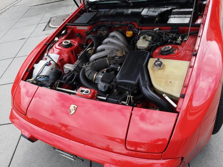 Porsche 944 in Topzustand 100% original mit nur 52'500 km!  Porsche 3