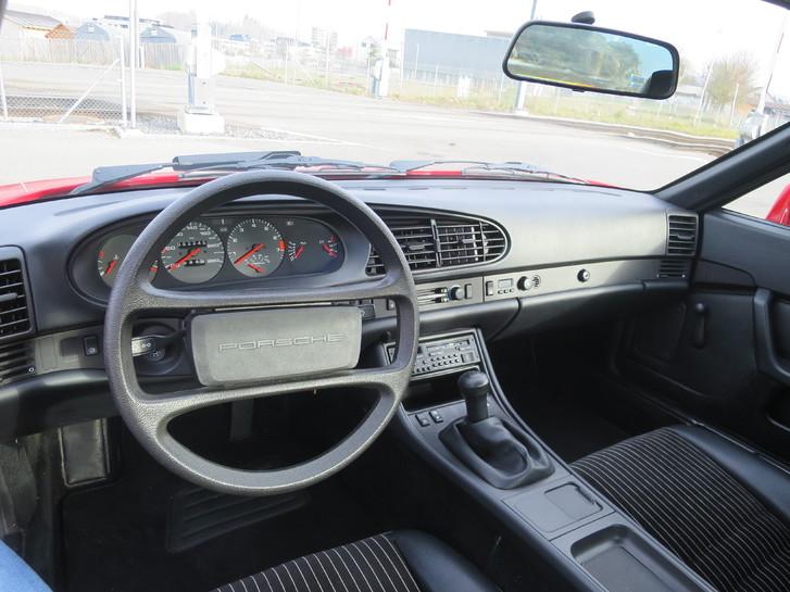 Porsche 944 in Topzustand 100% original mit nur 52'500 km!  Porsche 4