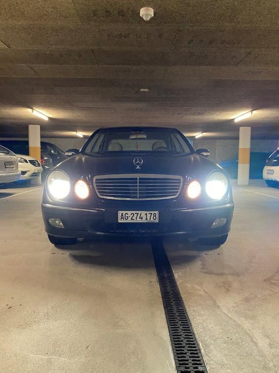 Mercedes-Benz E320 4-m Mercedes-Benz 1
