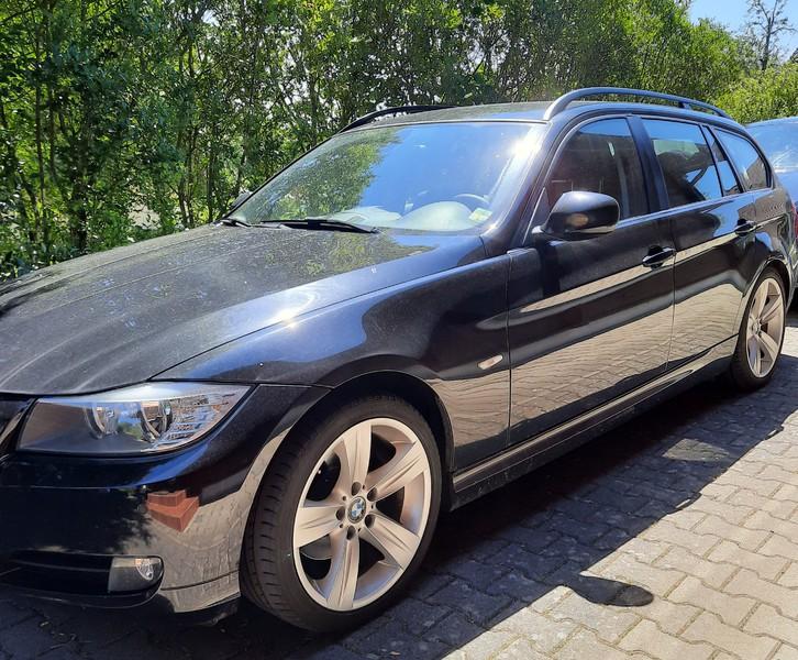 BMW 318d Touring BMW 1