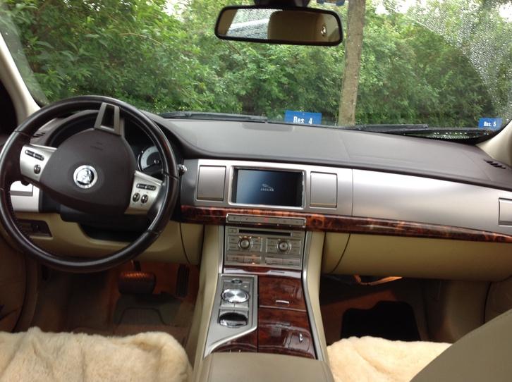 Jaguar XF 3.0D Topzustand zum verkaufen Jaguar 2