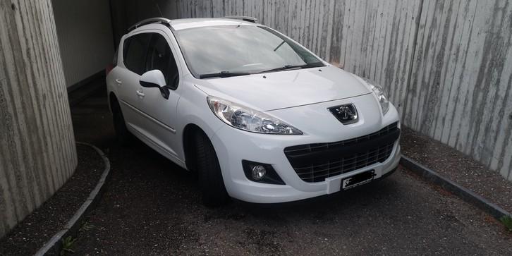 Peugeot 207sw, 1.6l, 120PS, 92500km Peugeot 3