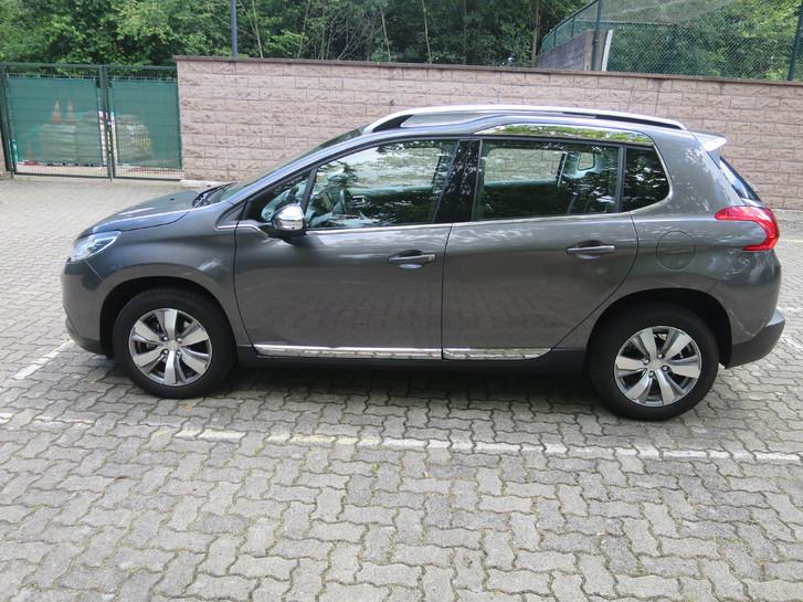 Peugeot 2008 1.6i  Automat 2015 altershalber zu verkaufen 9'500.- Peugeot 1