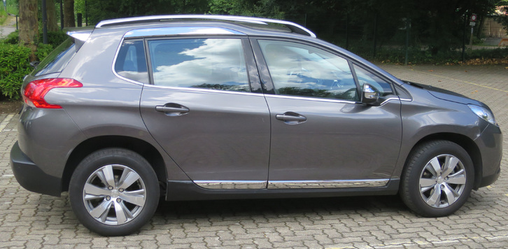 Peugeot 2008 1.6i  Automat 2015 altershalber zu verkaufen 9'500.- Peugeot 2
