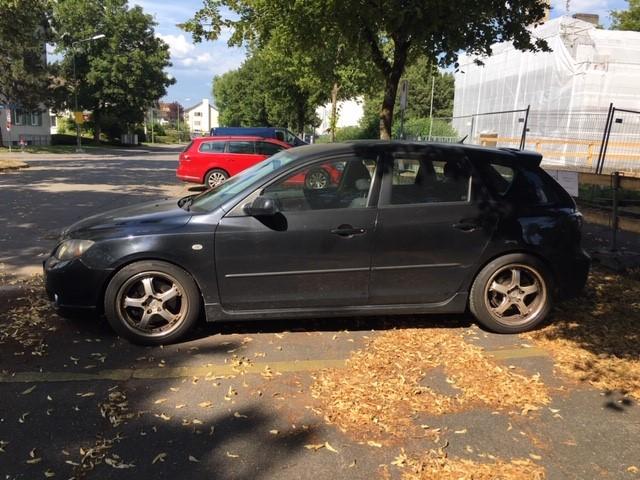 Mazda 3 2.0  Mazda 1