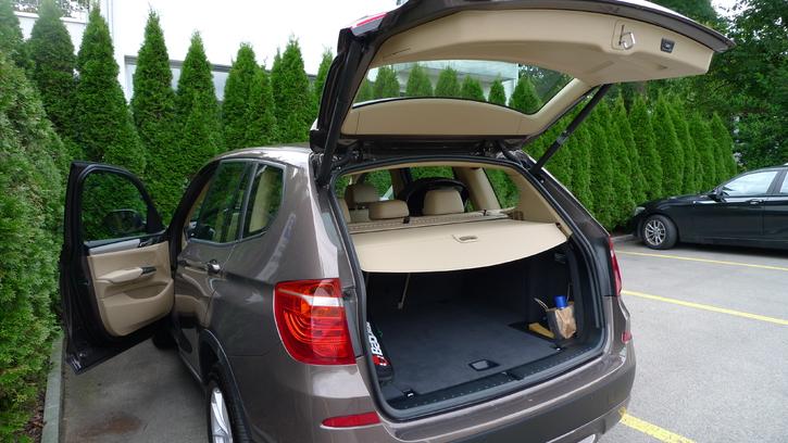 BMW X1 Automatik / super Zustand  BMW 4