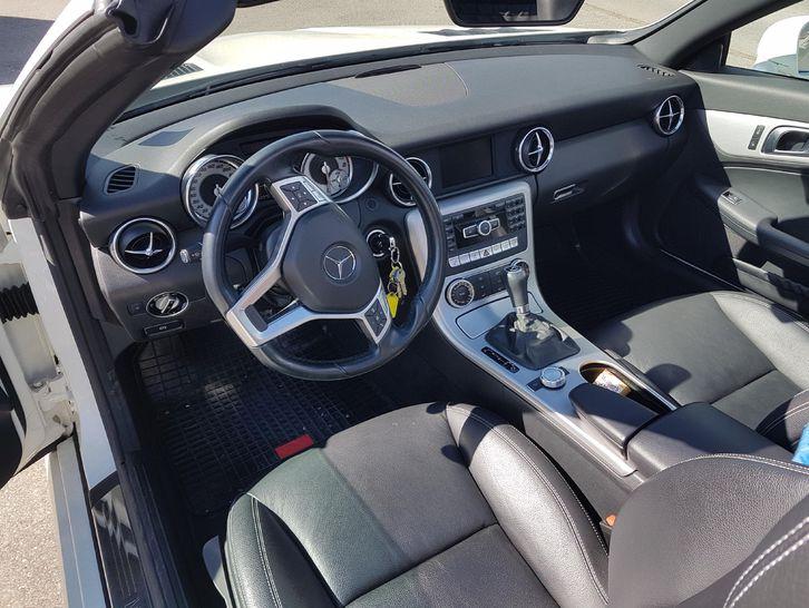 TOP  Cabriolet Mercedes 200 SLK Occasion Schweiz-Modell Mercedes 4