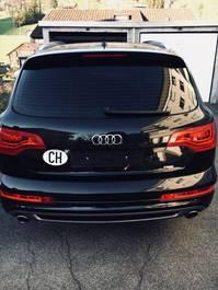 Audi Q7 ( S line )