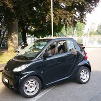 Smart fortwo Cabrio mhd / Schwarz , 70 PS , TOP Zustand !